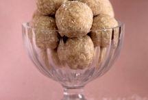 FOOD: Desserts (healthy) / by Katy Johnson
