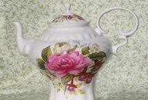 Porcelain Pretties / by Marilyn Strother
