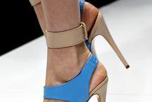 sandal and sepatu