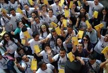 YOUCAT: il catechismo per i giovani / 527 domande e risposte per rafforzare la fede dei giovani in vista della GMG.  Donato da Benedetto XVI ai ragazzi per Madrid 2011, non potrà mancare a Rio 2013 con le sue nuove traduzioni in quasi 30 lingue diverse!