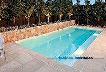 Azulejos especiales para piscinas - Tile trim pieces for swimming pools / Colección de Exagres, España, perfecta para piscinas por sus características técnicas y por la disponibilidad de piezas especiales para las piscinas.