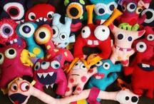 Mostrini & Art Toys / by Micaela de Gregorio