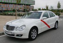 Le tour du monde des taxis / Le Tour du monde des taxis  #thevenoud #rapport #taxis #vtc #urbain  A vous de choisir la couleur pour les taxis français ! Le sondage :  http://www.lumieresdelaville.net/2014/04/24/rapport-thevenoud-une-meme-couleur-pour-les-taxis-en-france-sondage-quelle-sera-la-votre/