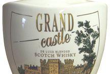 botellas de whisky vintage ceramica