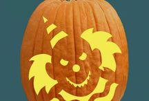 Free Pumpkin Carving Patterns / Free is my favorite flavor! Your's too? Then snap up these pumpkin carving freebies and create your Halloween masterpiece this year.