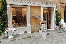 Storefronts / Charming storefronts and window displays