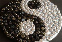 Arte com tampas de garrafa