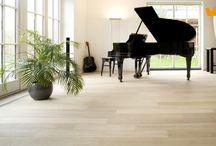 """Hout, laminaat en PVC vloeren / Mooie warme vloeren, inspirerende foto's voor de perfecte houten of """"houtlook"""" vloer."""