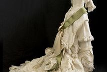 1880-1890 / Fashions during this time period