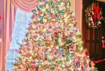 Christmas trees / #beautiful #christmas #trees #festive #noel #xmas #stunning #joyful