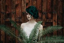 Pretty + Inked Brides Rock Gorgeous Gowns With Lace / These brides bring just the right amount of edgy while still rocking the girly look. These brides showcase how to embrace nature and punk glamour at the same time! We especially love the single fern fronds as a wedding bouquet. PHOTOS: Paige Owen Creative | JEWELERY: miskwill | MUA: Wildfern | HAIR: Studio C Nanaimo | FLORAL DESIGN; Fleur de Lii | DECOR: Darling Vintage Rentals | GOWNS: Love Marley by Watters at White Bridal Boutique | VENUE: Thistledown Farm | Models: Fern + Jenna + Avril