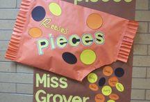 bulletin boards / Great Classroom ideas I have found and foresee trying in the future! / by Tonya Richards