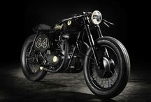 Motorcycles / by Fausto Acosta
