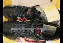 Sepatu Spikes Asics