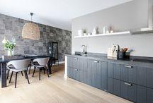 Keuken antraciet wit blad