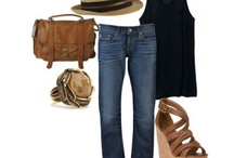 Travel outfits / by Mallorie Francis