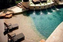 Grădina piscina
