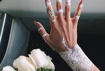 Nails & Henna