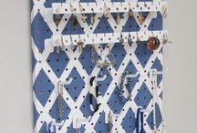 Jewellery board