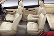 6+1 Seater Toyota Innova Hire in Delhi