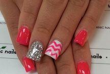 Nails / by Jasmine Courington
