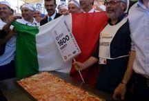 La pizza dei record / Alcune dell più belle immagini della pizza dei record ad Expo 2015.   1535 metri di gusto e sapore che trova le sue origini e tradizioni nella terra di Campania