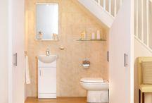 Baños debajo de las escaleras