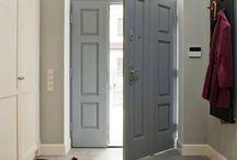 Floor Idea / połączenie drewna i płytek ceramincznych - wejście do domu i kuchnia
