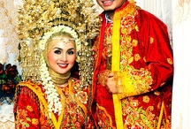 Traditional dress from west sumatera / this is traditional dress from west sumatera.  I <3 Padang