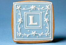 monogram cookies / by Rosa M Fernández