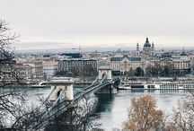 BUDAPEST Travel Bloggers / Submerge in a mix of Old and Modern world, with thermal baths, vivid nightlife, a wide variety of cultural entertainment for young and families with children, romantic enough for lovers, girls who love shopping and foodies!