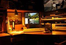 Çalışma Masam / Vaktimin çoğunu önünde geçirdiğim çalışma masam