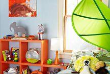 Myles NEW room / by Laura Casoni