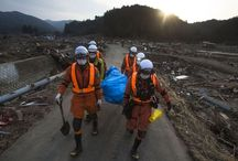 Japanin tsunami: 20 unohtumatonta kuvaa / 20 unforgettable pictures of Japan's tsunami aftermath chosen by National Geographic photo editors.