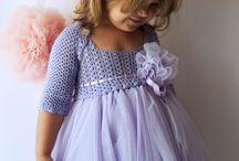 šaty s tylem