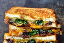 Grille Cheese Sand