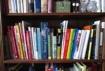 My Knitting Bookshelf / Reviews of knitting books.