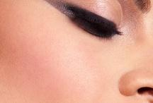 Makeup Happy Medium