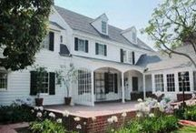 Comfortable Lovely Front Porch Designs: Relaxing Back Porch Design