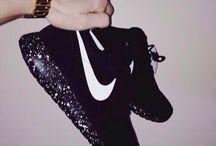 Roshe run / le scarpe piu belle del mondo <3