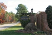 Neighborhood - Greythorne / www.FindNCStyleHomes.com is your destination for finding homes in the NC Triangle including Raleigh, Cary, Apex, Holly Springs, Chapel Hill, Durham, and surrounding areas. Call 919-578-3111 for more information and for a free relocation guide.