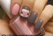 Nailz / beautiful painted nails and nail-art