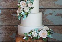 Wedding cake display table inspiration