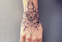tattoo hand/finger