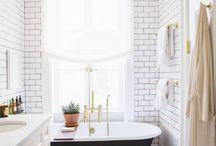 Bathrooms / Contemporary bathroom with claw foot bath