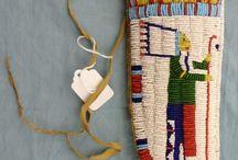 indiaans meshouder schoenen e.a. / by Annelies