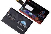 Memorie USB 8GB in forma de Card Bancar / Memorie USB confectionat din plastic in forma de card bancar. Interfata: 2.0. Produsul este personalizat in policromie prin imprimare digitala. Capacitate 8 GB, minim 50 buc.