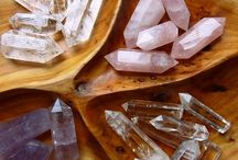 love crystals / amplify your intention- Balance your body, mind, and spirit
