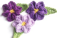 Flowers knited and crocheted