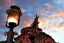 Disneyland/world design